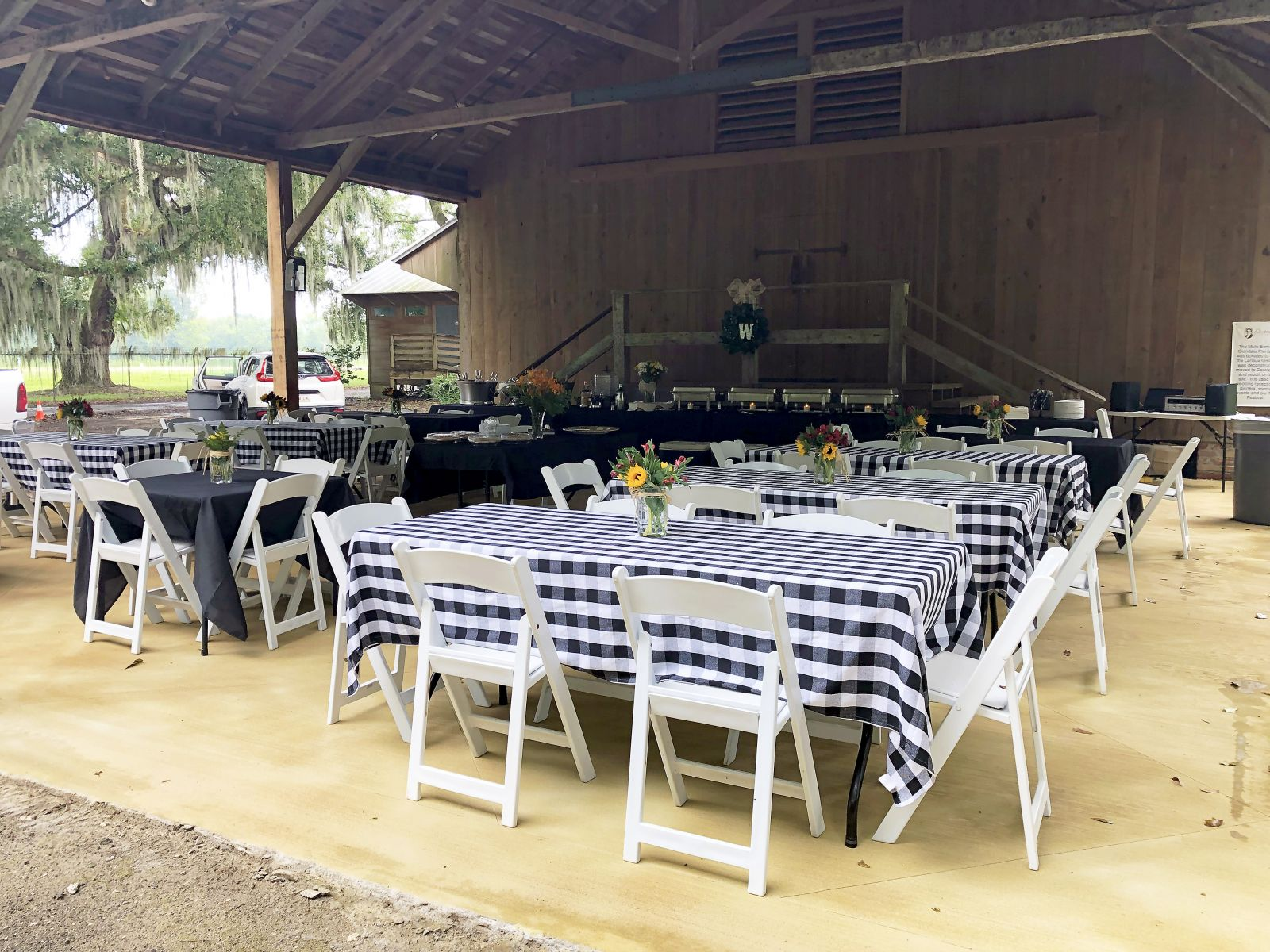 Barn & Carriageway Rentals | Destrehan Plantation